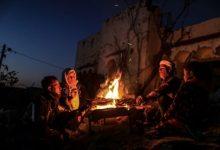 Photo of Kuće uništene u izraelskim napadima: Palestinska porodica zimske dane provodi pod otvorenim nebom