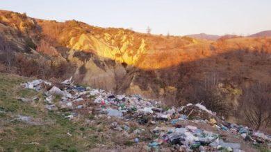 Photo of Neodgovorni ljudi bacaju smeće na Prlovima