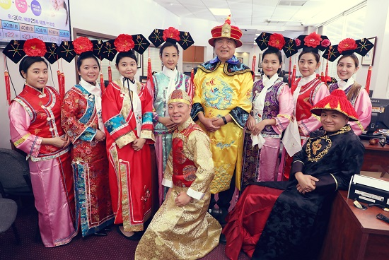 "Familiar with ""Story of Yanxi Palace""? KCAL Travels Back in Time for Halloween!"