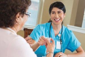 kansas-city-hospice-home-health-care-nurse