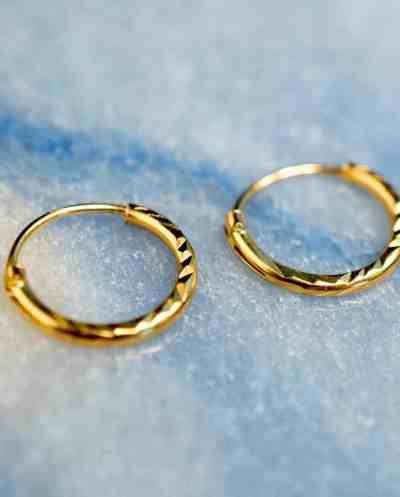 Gouden oorbellen 'Diamond Hoops' van Goud Vermeil