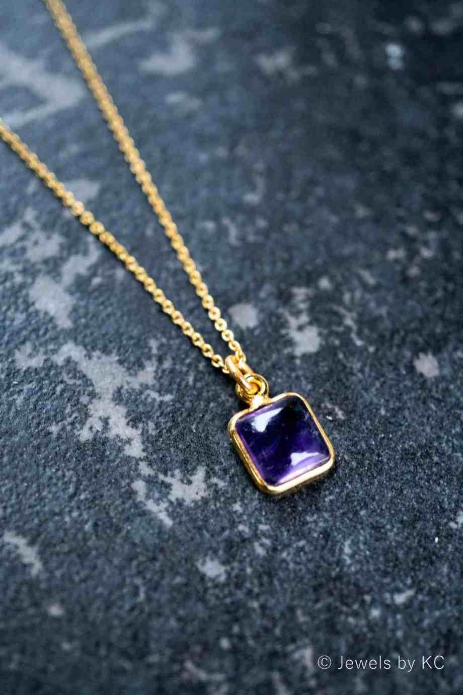 Gouden edelsteen ketting 'Square' paarse Amethist van Goud op Zilver