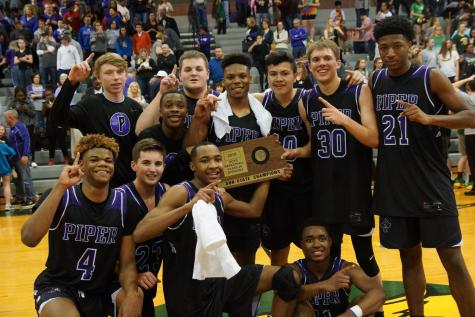 Pirates are state-bound after defeating Bobcats 64-61
