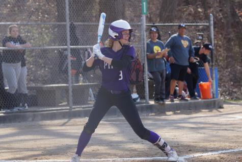 Baseball and softball kick off the spring season