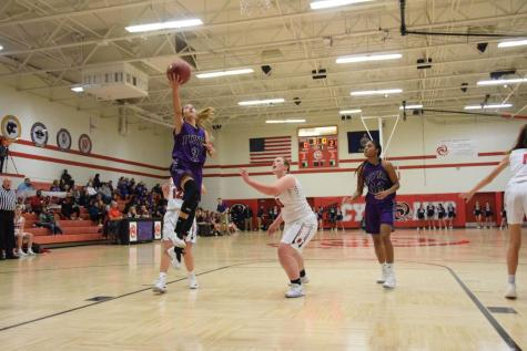 Boys, Girls basketball compete in Bobcat Invitational
