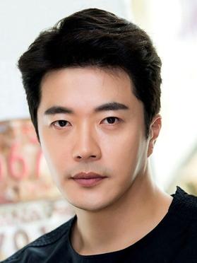 Kwon Sang-woo, 45 (Stairway to heaven)