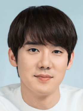 Yoo Yun Suk, 37 (Hospital Playlist)