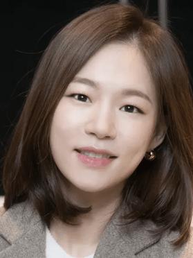 Han Ye-Ri, 37 (Age of youth)