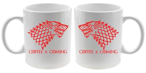 Taza coffee is coming en rojo detalle derecha y izquierda
