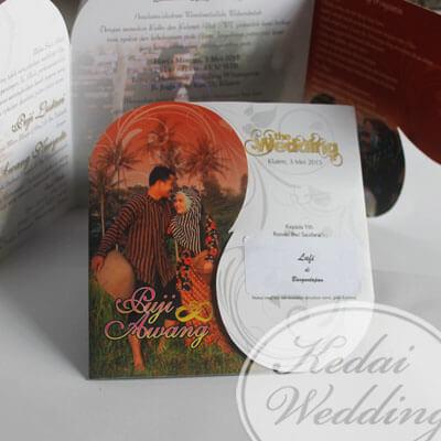 Undangan Pernikahan Unik Dengan Foto Undangan Pernikahan