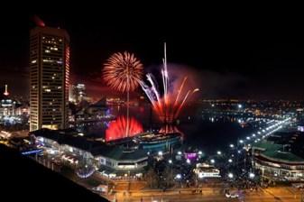 1325007980-new_year_baltimore