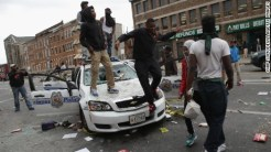 150427233401-16-baltimore-clashes-0427-large-169