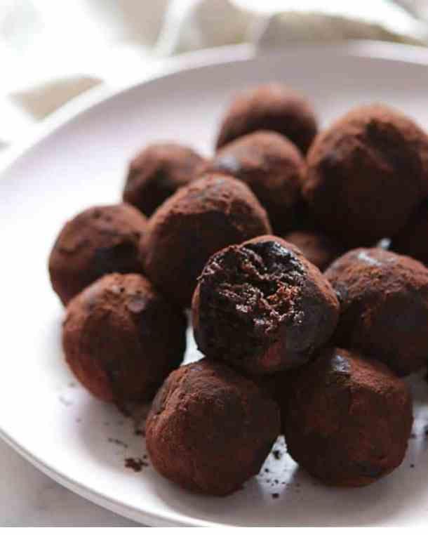 vegan snack for kids date balls