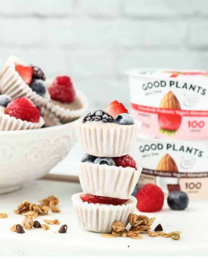 granola yogurt cups