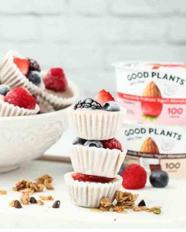 granola yogurt cups