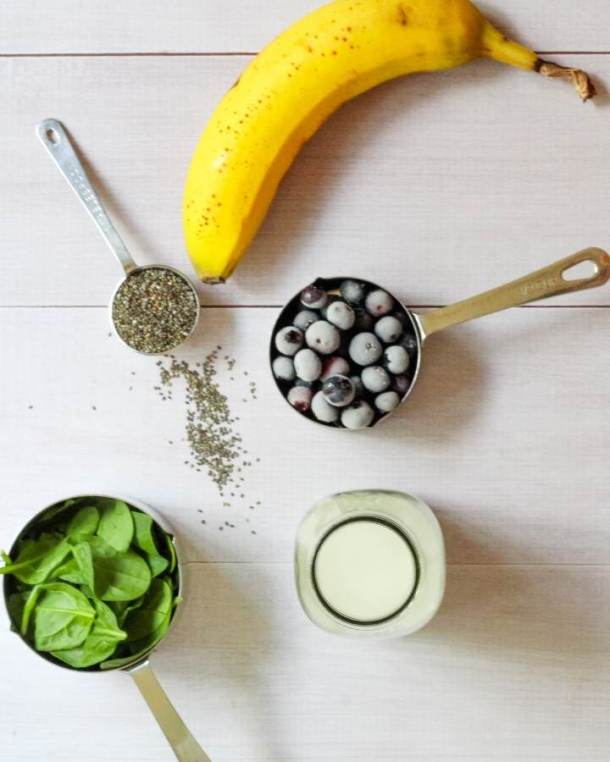spinach blueberry smoothie ingredients