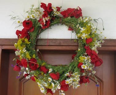Greek Customs May Wreaths Symbolism And Why People Used To Steal Them