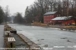 ice and fog on lehigh Canal