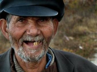 glimlach--hoed_19-102579