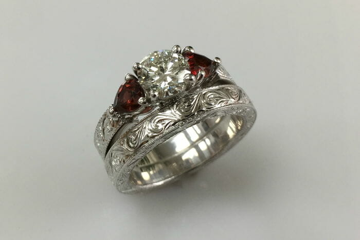 Tereza Diamond Garnet Engagement Ring And Wedding Band Set