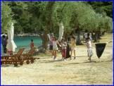 Kαθαρισμός της παραλίας Δεξά