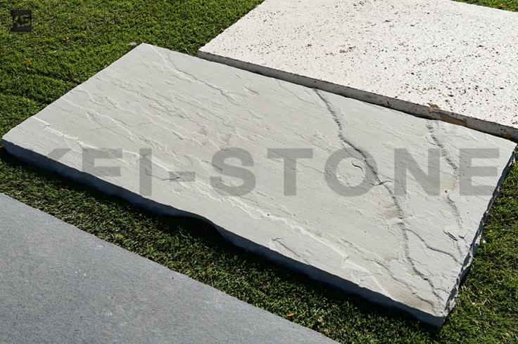 pierre naturelle calcaire grise en pas