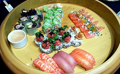 Sticks & Sushi Sushi
