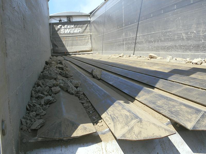 V-FLOOR® Bulk Material Unloader
