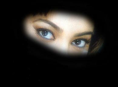 L'ombra che una tale legge getterà sul volto delle donne assomiglia sempre più ad un burqa