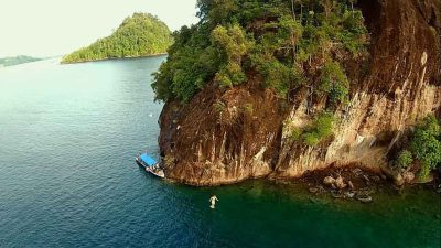 One day tour Mandeh islands start from Padang | Keliling ...