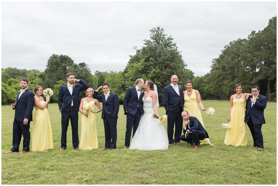 wedding party fun poses