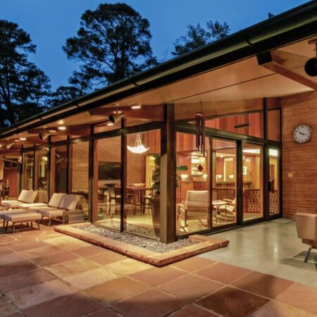 why choose 200 series gliding patio