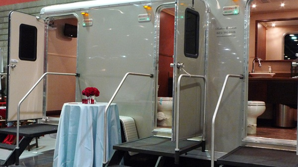 Portable Restrooms for Outdoor Weddings