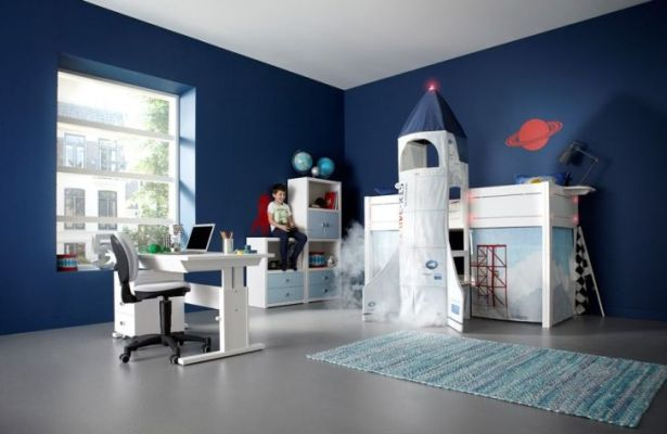 Discovery Lifetime Bedroom