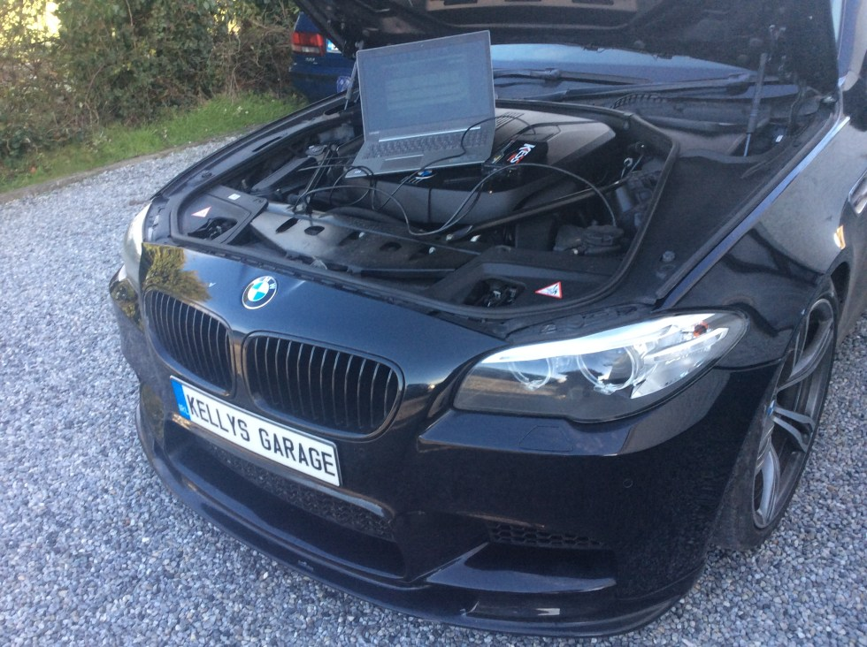 Remapping a BMW 520d, Kelly's Garage