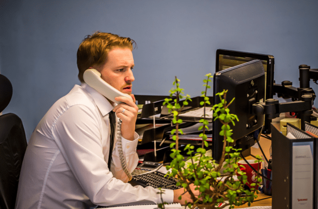 4 Reasons Your Customer Service Department Is Failing