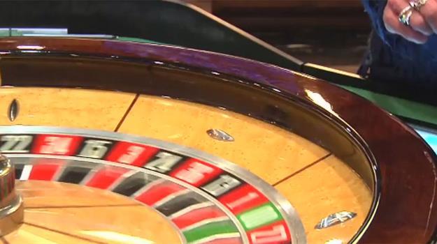 deadwood-casino-deadwood-gambling-roulette-wheel_706603540621