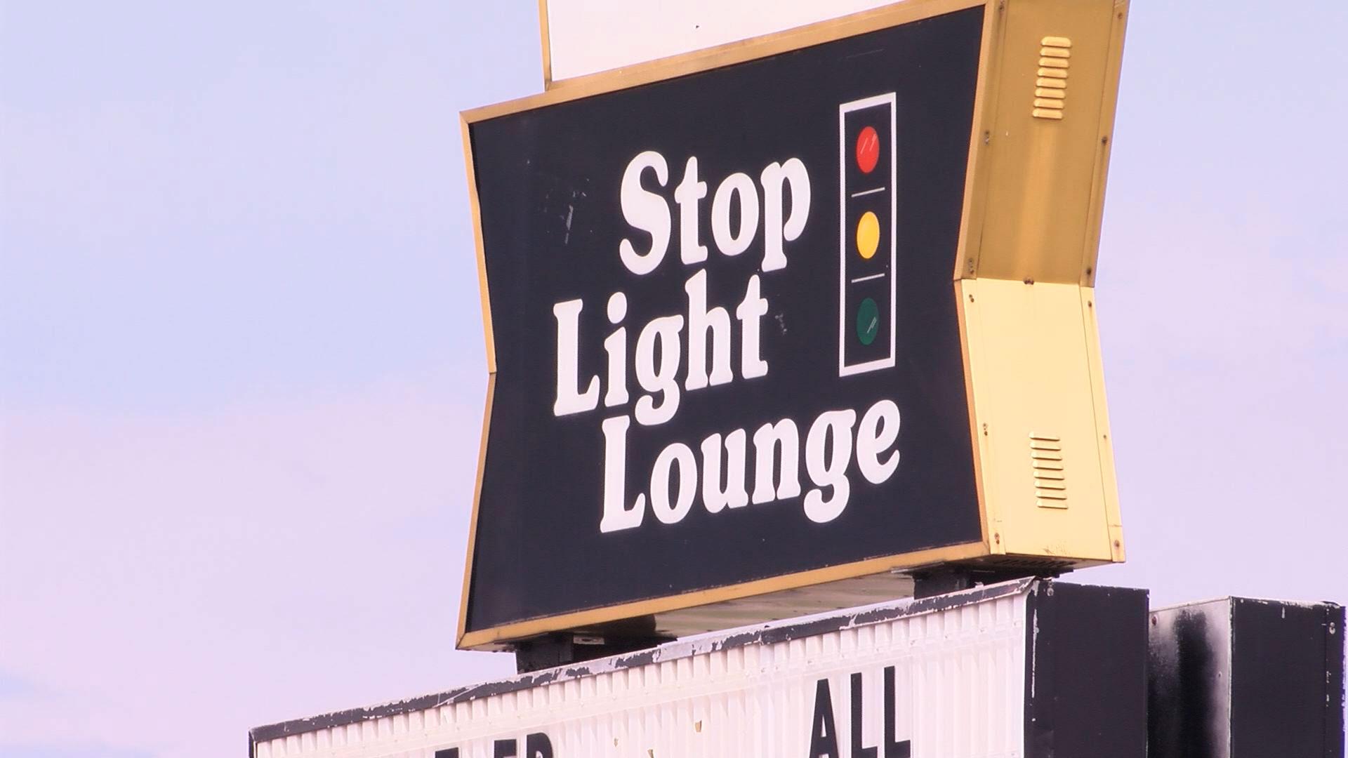 KELO Stop Light Lounge