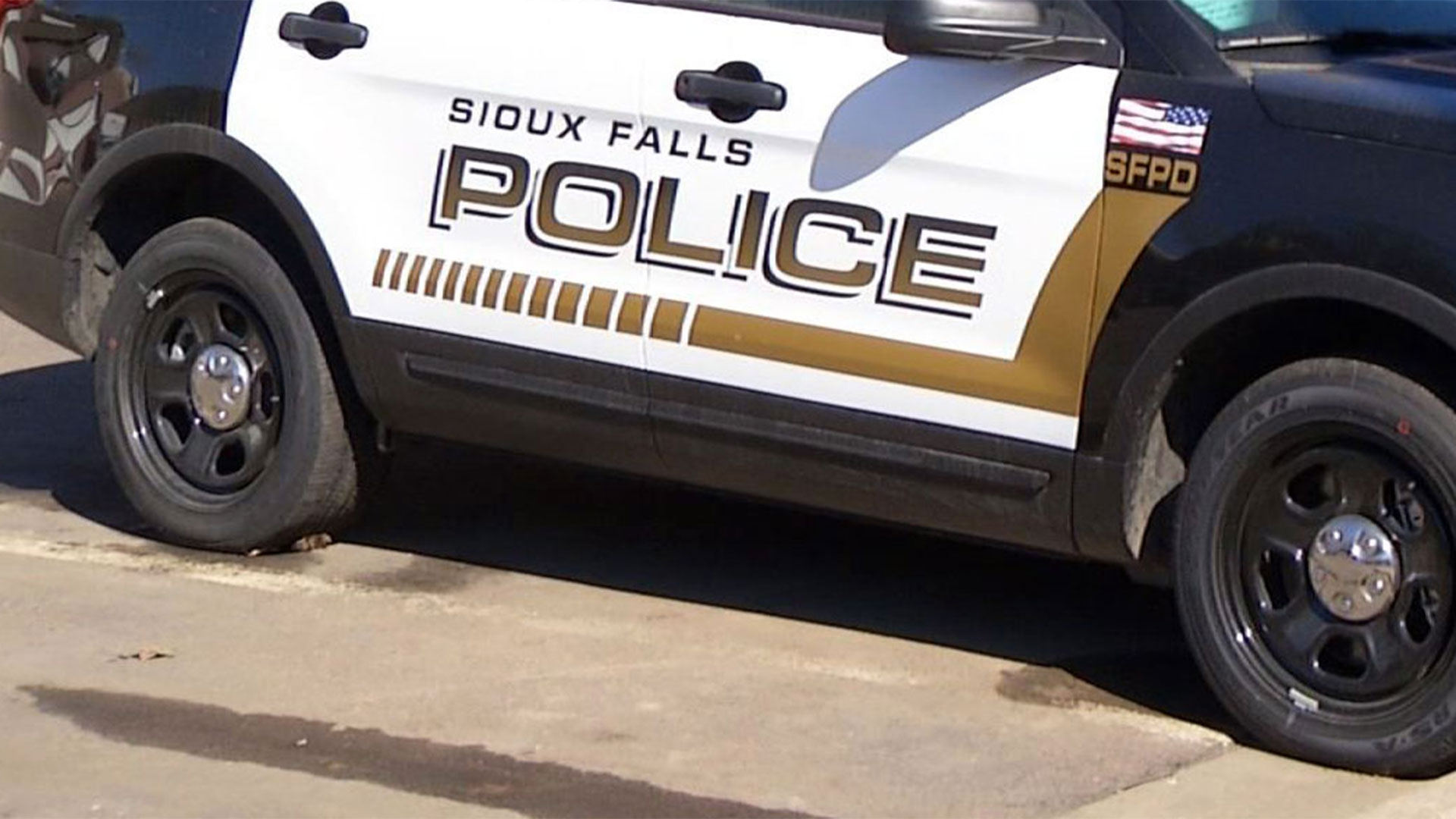 KELO Sioux Falls police vehicle crime