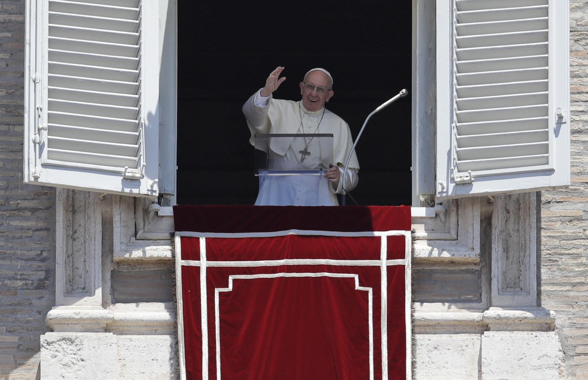 Vatican_Pope_82267-159532.jpg55659793