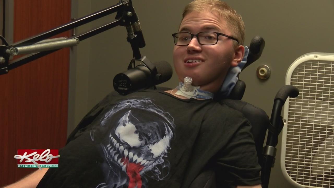 USF Students Host Radio Show
