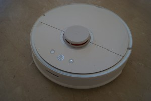 aspirateur robot roborock s50