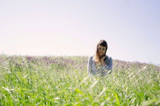 girl-flowers-field-deerisland-kmcnickle-feminine