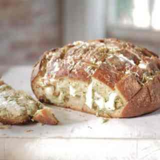 Split Cheesy Garlic Bread