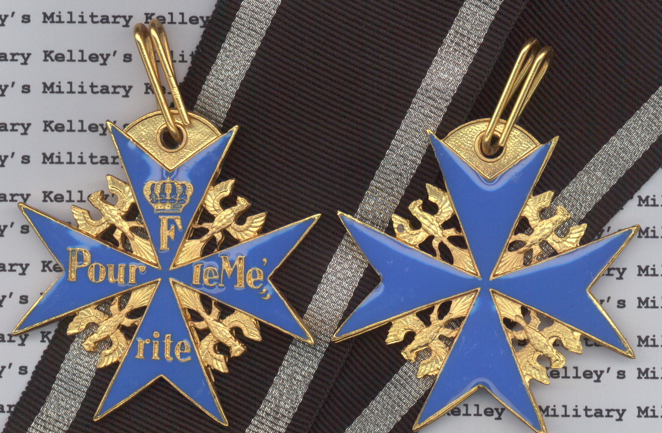 WWI Imperial German Blue Max Medal Double Sided Kelleys