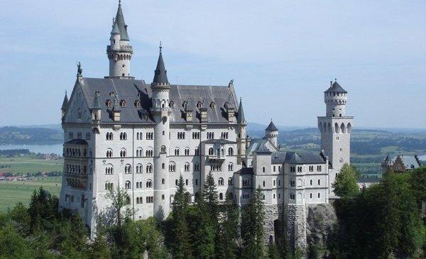 Istana Negeri Dongeng Neuschwanstein