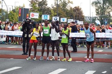 Menonton Marathon Köln 2015