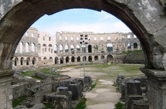 Petilasan Romawi Kuno di Pantai Barat Kroasia