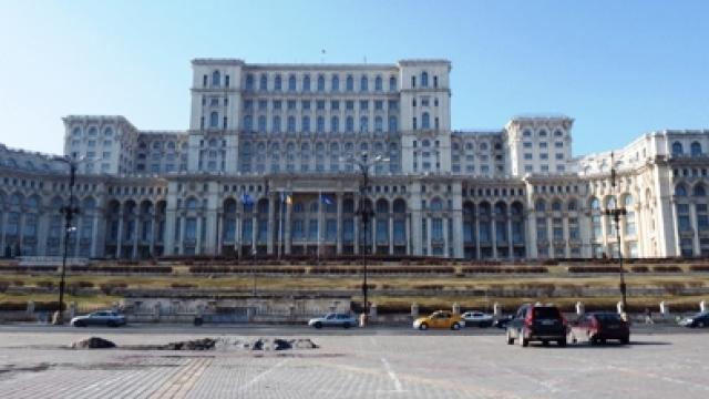 Megahnya Gedung Parlemen Romania