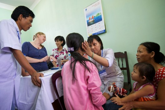 Outreach-Vietnam10_0814-070